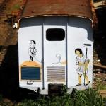Pembersih dan Anak Kecil di Gerbong Kereta 03