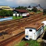 Pembersih dan Anak Kecil di Gerbong Kereta 04